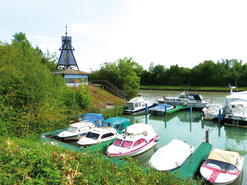 Der Yachthafen am Mittellandkanal