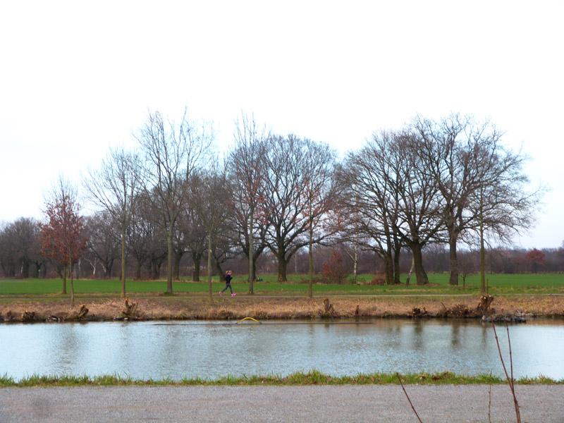 Der Kanal markiert im Norden die Grenze zwischen städtischem und ländlichem Gebiet