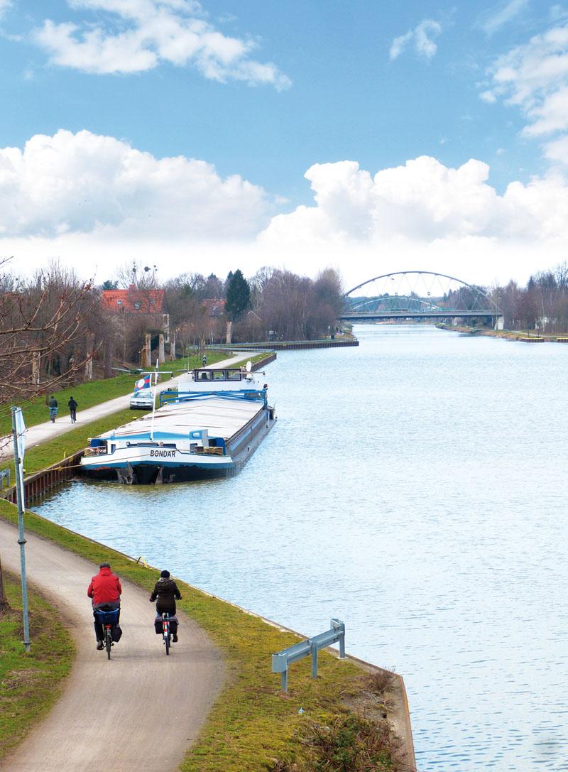 Der Mittellandkanal bei Vinnhorst